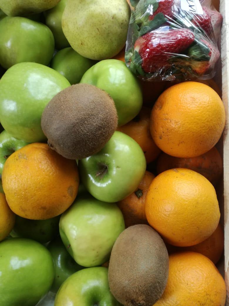 Canasta Fruit